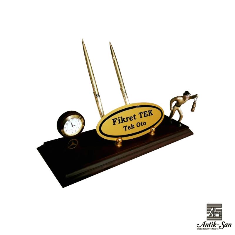 Saat ve Kalemli Madenci Masa İsimliği