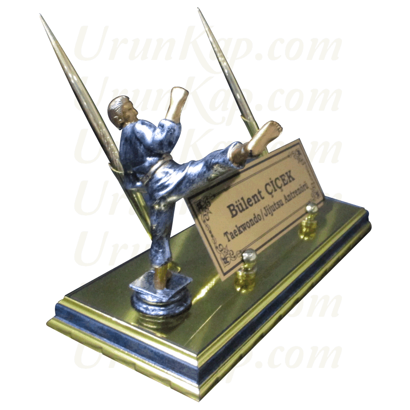 Taekwondo Figürlü Masa İsimliği
