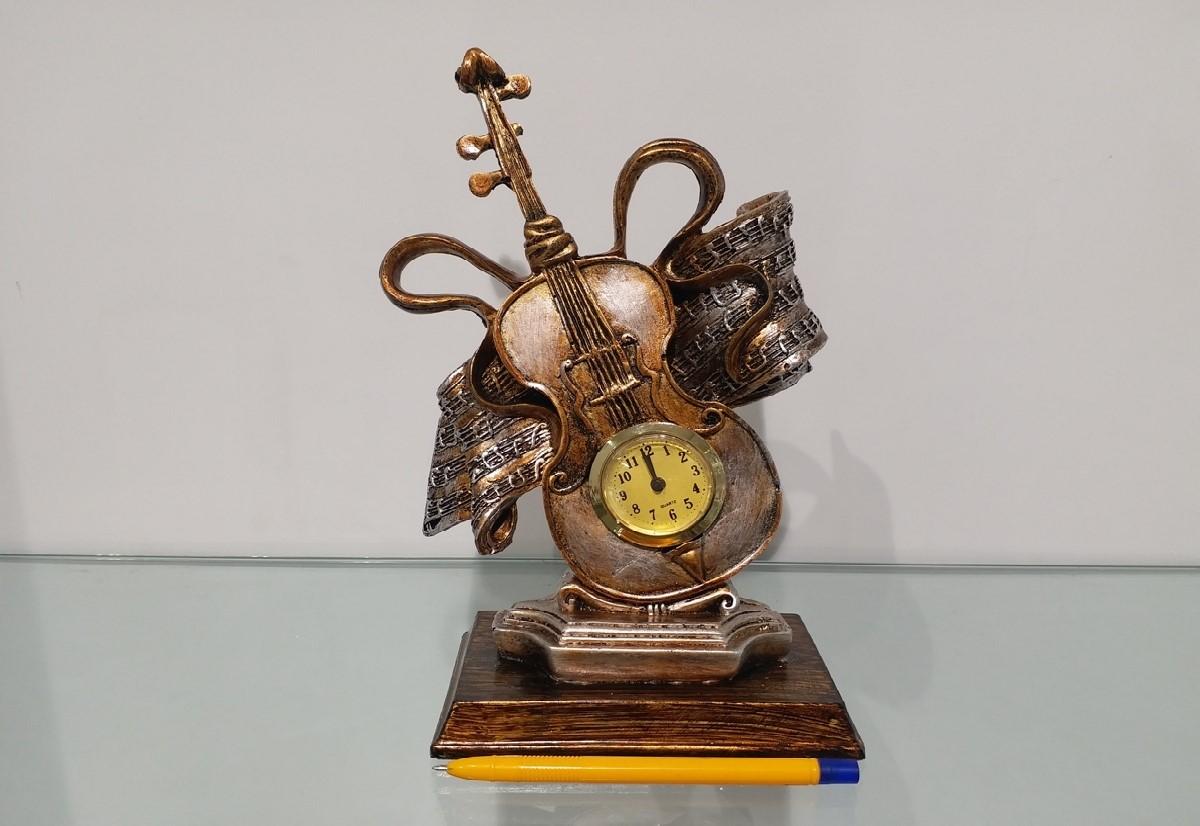 dekoratif masa üstü keman saat