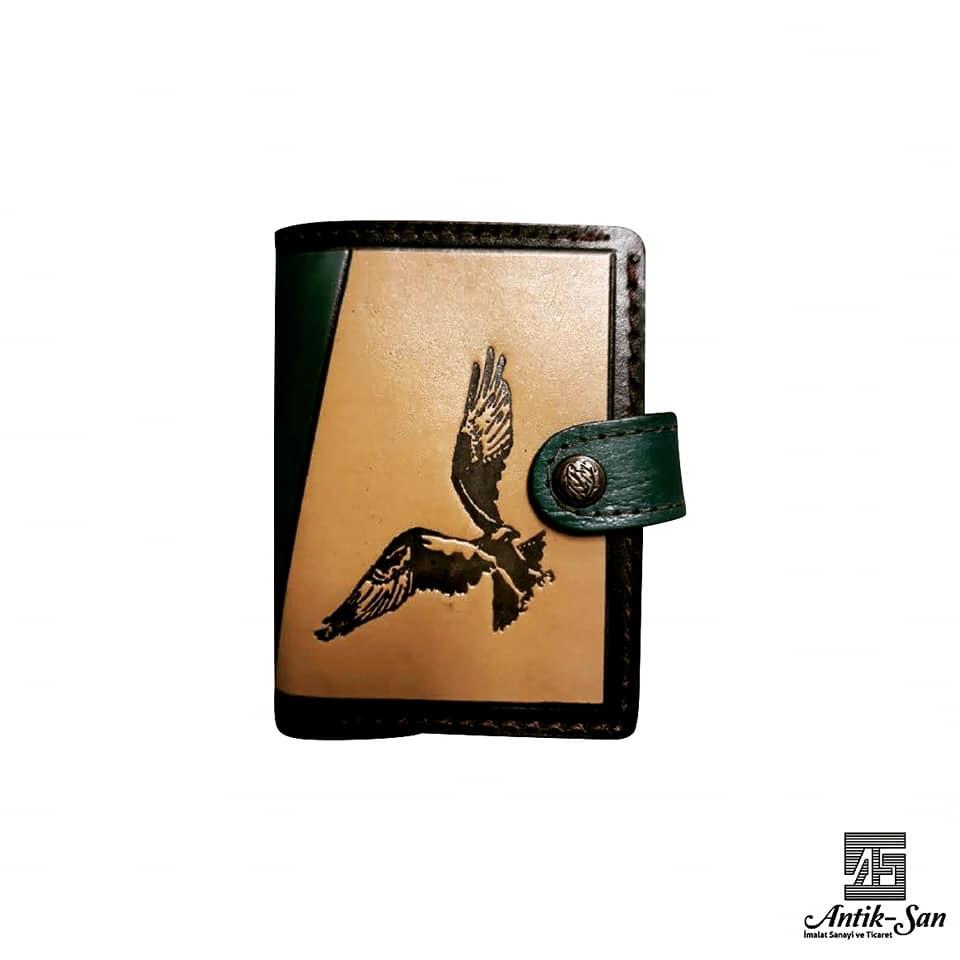 kartal işlemeli deri cüzdan