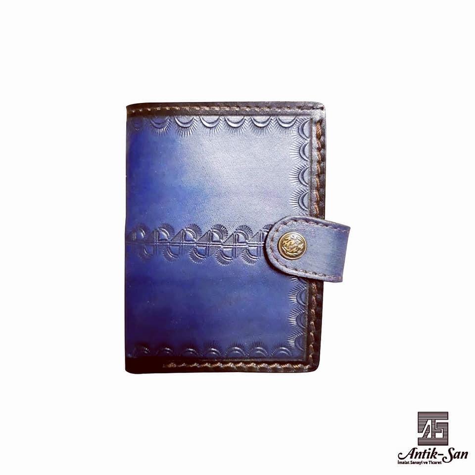 mavi motif tasarımlı deri cüzdan